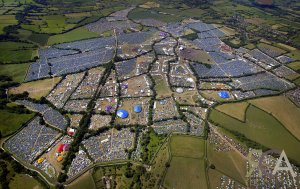glastonbury_by_mick_hutson_200401_website_image_ying_standard
